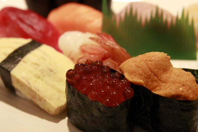 特上寿司の盛り合わせ