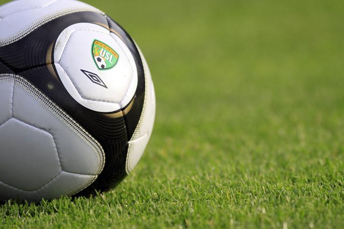 「Soccer」