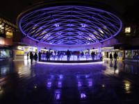 ロブソンスクエア(アイススケート)の写真/バンクーバー