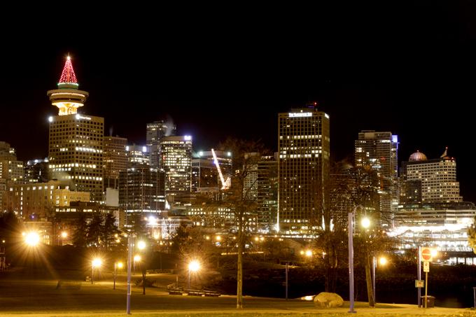 「お気に入りの公園から見るダウンタウンのビル群」
