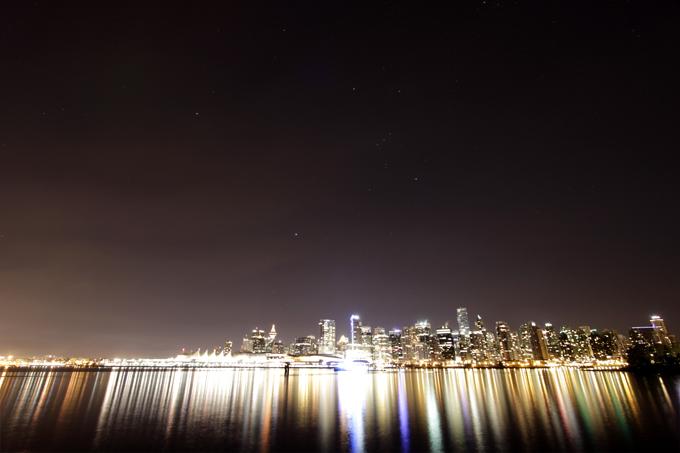 「街と星」