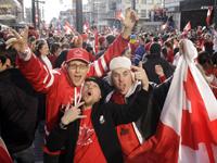 バンクーバーの街が一番賑わった日の写真(オリンピック最終日)