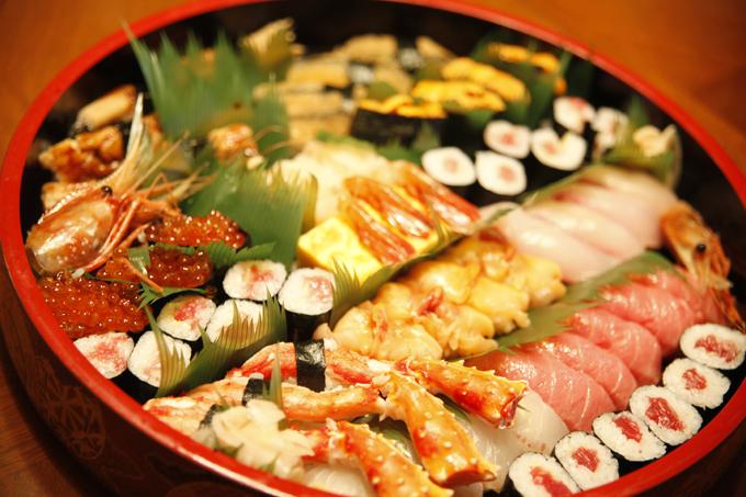 日本での一食目の出前寿司。