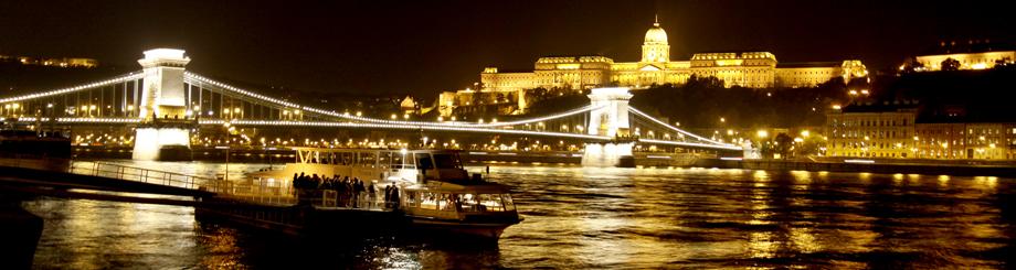 ブダペストの夜景(ハンガリー)