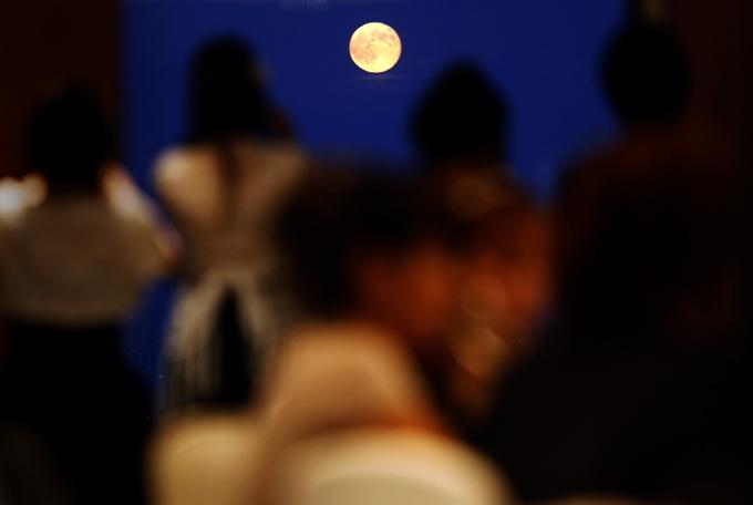 「中秋の満月」